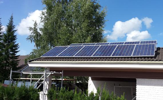 3 kWp paneeliasennus lisäkallistus